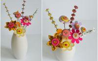 vaza cu flori handmade cu nasturi textil carton