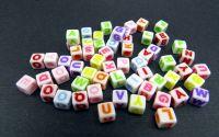 500buc litere cub mix scris bold colorat 6x6x6mm