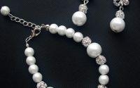Set mireasa bratara si cercei finuti cu perle albe
