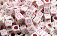 500buc litere cub mix scris Pink 6x6x6mm