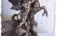 Statueta din ceramica cu bronz cu Pegasus si Perse