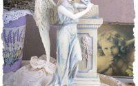 Statueta din polystein cu un ingeras