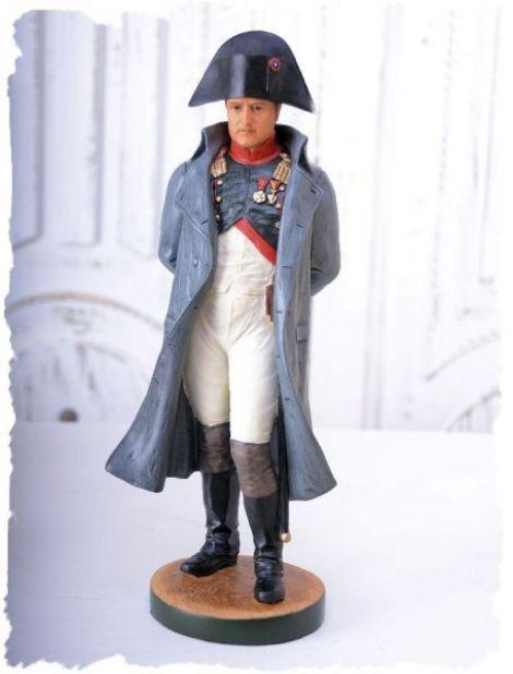 Statueta cu Napoleon din ceramica pictata