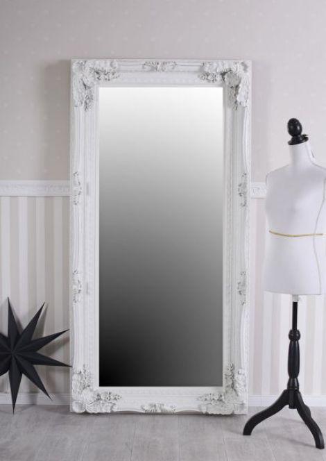 Oglinda monumentala cu o rama alba