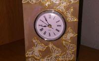 Ceas pictat din lemn natur