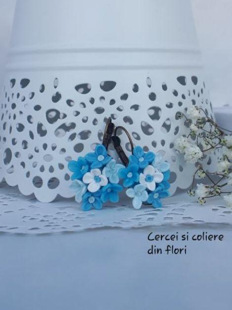 Cercei cu flori de liliac