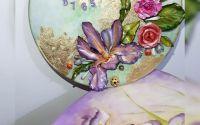 Ceas lucrat manual cu model floral 3D