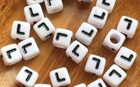 7mm margele albe alfabet litera L cub 100buc
