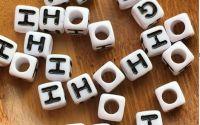 7mm margele albe alfabet litera H cub 100buc