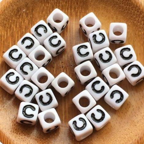 7mm margele albe alfabet litera C cub 100buc