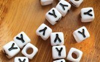 7mm margele albe alfabet litera Y cub 100buc