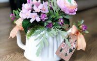 Aranjament floral in Ceainic