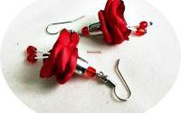 cercei miniclopotei rosii