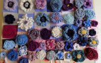 Brose coliere si agrafe tricotate