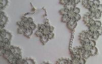 Set argintiu lucrat in tehnica frivolite