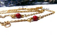 Lantisor auriu pentru ochelari cu coral rosu 8mm