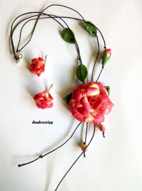 Rose set bijuterii din lut polimeric