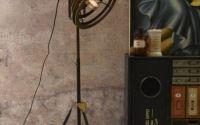 Lampa industriala de podea cu un picior