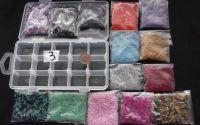 300g margele sticla divese culori + cutie 17 x 9cm
