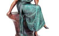 Femeie stand - statueta din bronz