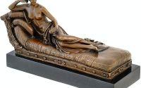 Venus pe sezlong - statueta din bronz