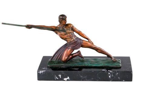 Aruncatorul cu sulita - statueta din bronz