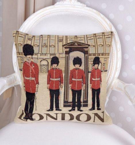 Perna decorativa cu aspect de tapiterie cu Londra
