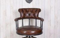 Fotoliu Chesterfield din lemn cu piele groasa