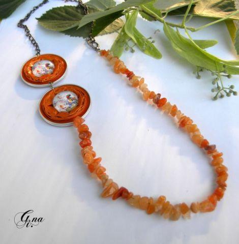 Colier portocaliu reciclat