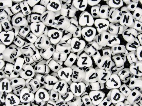 500buc litere inimi albe scris negru 7x7.5x4mm