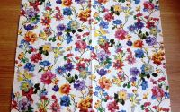 Servetel cu flori