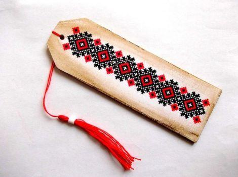 semn carte motiv traditional