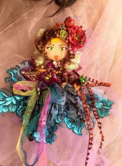 Brosa boema Romantic Doll