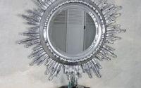 Oglinda din cristal cu un soare argintiu