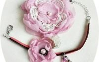 Set dantelat cu flori roz pal