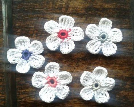 Lot floricele crosetate