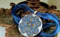 "Medalion ""Nora"""