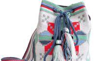 geanta crosetata motiv Moldova miez de nuca