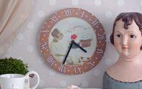 Ceas decorativ cu briose cu ciocolata