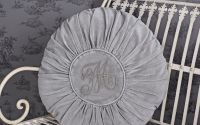 Pernuta decorativa rotunda