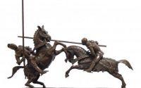 Doi luptatori pe cai-statueta din bronz