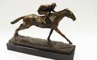 Jocheu cu calul sau- statueta din bronz