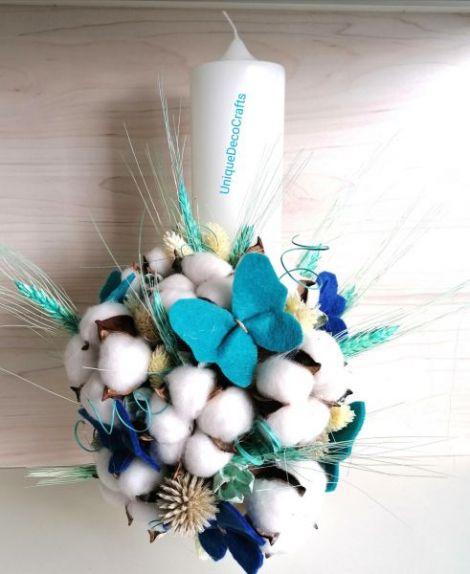 Lumanare botez cu flori de bumbac si plante uscate