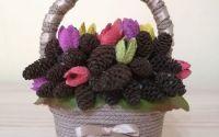 Decoratiune Handmade - Cosulet decorativ cu conuri