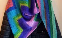 Sal din acril si lana cu model zig-zag