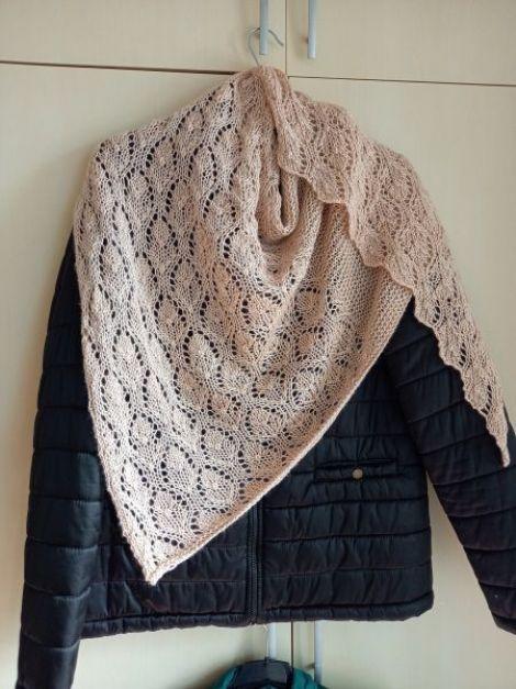 Sal din acril si lana dantelat handmade unicat