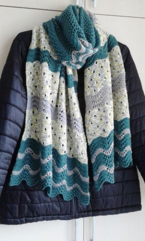 Esarfa din lana si acril multicolora handmade