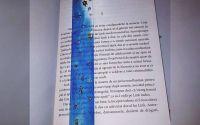 Semn de carte albastru deschis