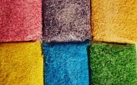 Orez colorat in culorile curcubeului