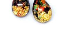 Cercei multicolori confectionati din rasina